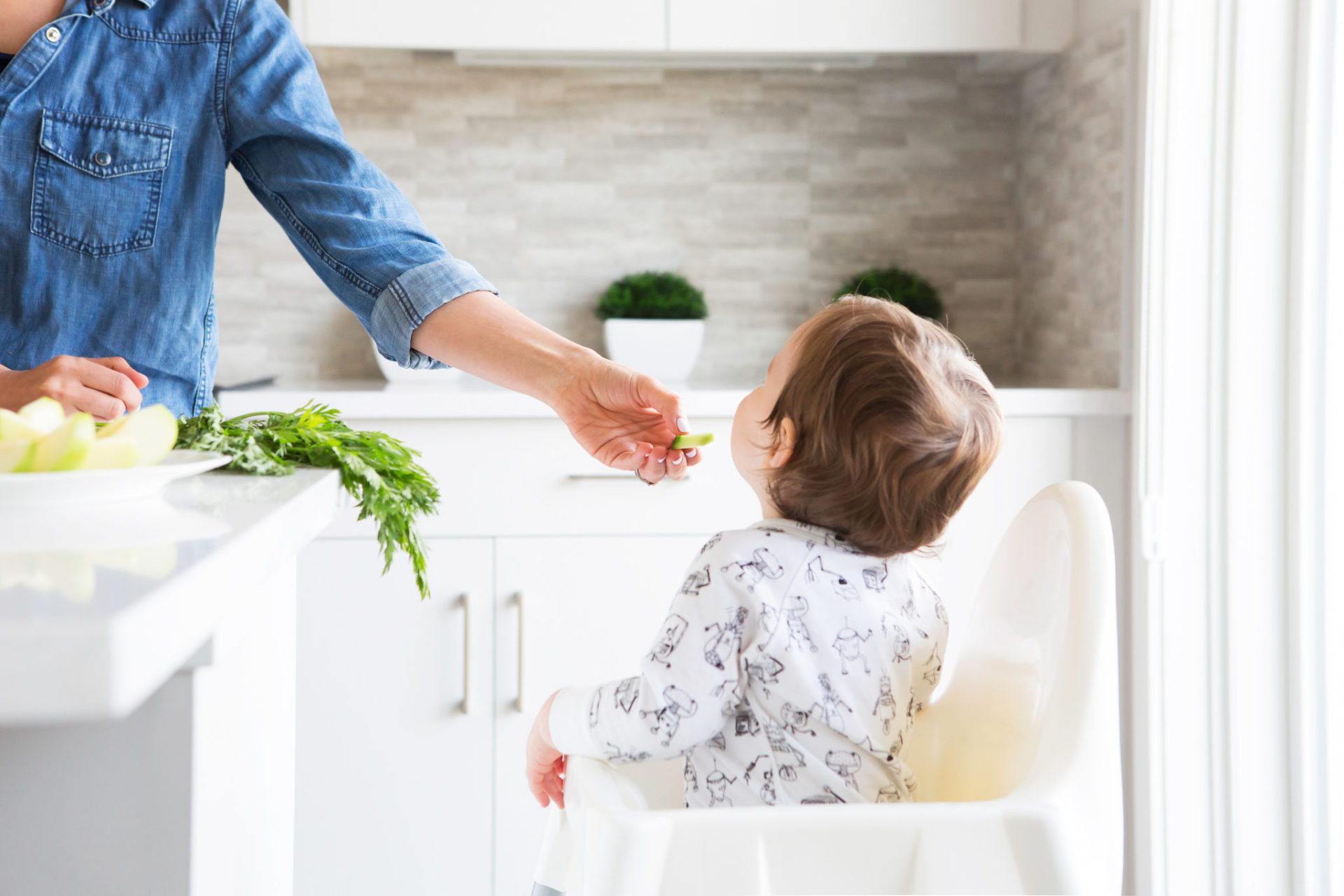 how to get picky eaters to eat vegetables